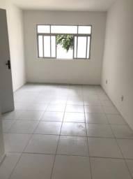 Apartamento Rua dos Navegantes 2/4  R$ 2.000,00