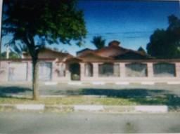 Casa com 03 Suites no Jardim Rezek em Artur Nogueira SP.