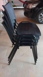 Cadeira de escritório simples