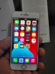 Troco iPhone 8, 64 gigas, novinho , *