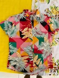 Título do anúncio: Camisa de botão Estampada (P)