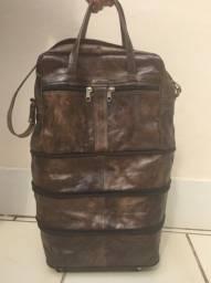 Bolsa/mala de couro legítimo, pode ficar em 4 tamanhos diferentes, rodinha 360º