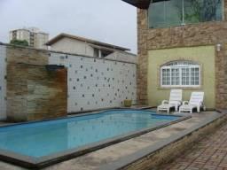 Sobrado com 3 dormitórios à venda, 210 m² por R$ 855.000 - Villa Branca - Jacareí/SP