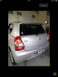 Etios Toyota 1.3 flex 16 v 5p Mec - 2015