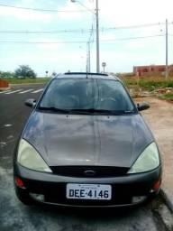 Ford Focus Ghia - 2001