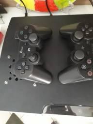 Ps3 com dois controles DESBLOQUEADO
