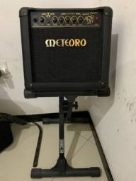 Amplificador Cubo Meteoro Atomic Drive Adr20w com suporte para Guitarra