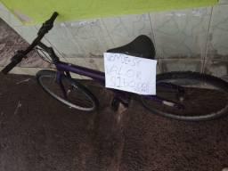 Vendo bicicleta de alumínio, para desocupar espaço, 150 reais