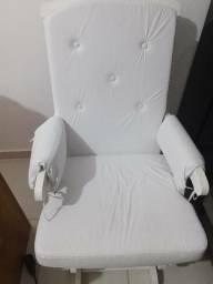 Cadeira de amamentação nova Mimo