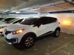 Captur Zen 1.6/2018 Multimídia, lindo carro de mulher única dona 21mil km