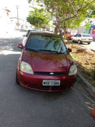Ford Fista Hatch 2005 completo