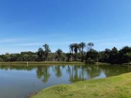 Terreno de 20.000m² com Linda Lagoa nos Fundos. Condomínio Fechado