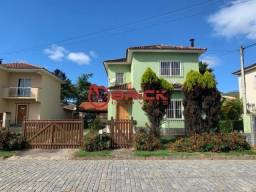 Ótima casa em condomínio com 3 quartos sendo 1 suíte em Vargem Grande.