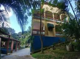 Linda chácara com 10 Dormitórios, 2 salas, cozinha, piscina, quadra, em Parelheiros