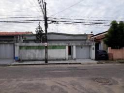 Casa com 3 dormitórios à venda, 180 m² por R$ 450.000,00 - Jardim América - Fortaleza/CE