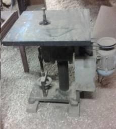 Tupia motor trifásico