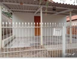 Vende-se ou troca - se, casa em Nova Guataporanga
