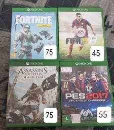 Jogos de Xbox One e PS4 (Preço na foto)