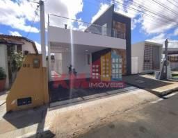 Vende-se ótima casa no Condomínio Veronique - KM IMÓVEIS