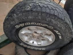 Jogo de aro 15 6furos com 3 pneus 31×10.50 R15