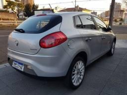 Fiat Bravo Absolut 1.8 Financiado. Aceito troca. Descrição completa!!