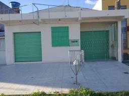 Casa 2 pisos com ponto comercial a venda