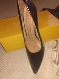 Título do anúncio: Sapatos femininos Vizzano