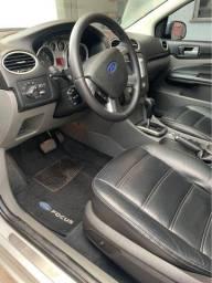 Ford Focus 2.0 Titanium Hatch Automático 2012