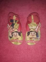 Sandalias e chinelos