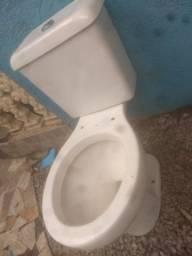 Vaso sanitário acoplado lindo