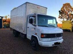 Título do anúncio: Caminhão Bau 710 Plus