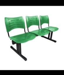 Cadeira longarina verde