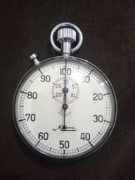 Cronômetro suíço analógico