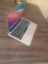 Macbook air 2014 i5 4gb de RAM e 128gb ssd