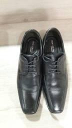 Sapato Democrata Tamanho 42
