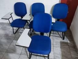 Título do anúncio: Cadeiras universitária