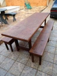 Título do anúncio: Mesa 100% madeira