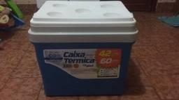 Caixa Térmica 42 litros AzulTampa com 5 Porta-Copos - Xplast
