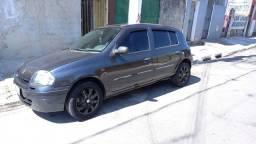 Título do anúncio: Renault clio 2001