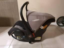 Carrinho e bebê conforto Unissex