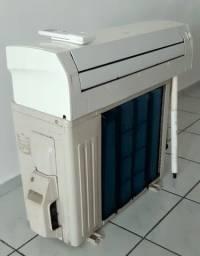 Título do anúncio: Ar-condicionado Fujitsu DC Inverter - 9.000btus