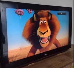 Tv LCD 32 polegadas digital em perfeito estado