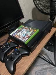 Vendo Xbox 360 Slim