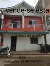 Vende- se esta casa. localizada na rua Juiz de fora Tefé/Am