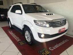 Toyota Hilux SW4 SW4 SRV 4X4 - 2014