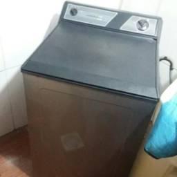 Máquina lava roupas Brastemp