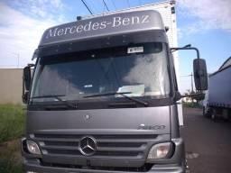 Caminhão Mercedes Benz Atego - 2012