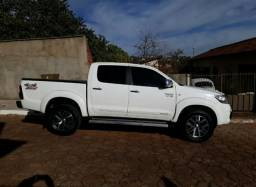 Toyota Hilux 2.7 Cab/Dupla 4x2 Flex aut. - 2012 - 2012