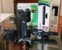 Xbox 360 com Kinect em perfeito estado e pouco uso! (não aceito trocas