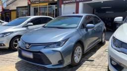 Toyota Corolla GLI 2021 com 3.000 km!